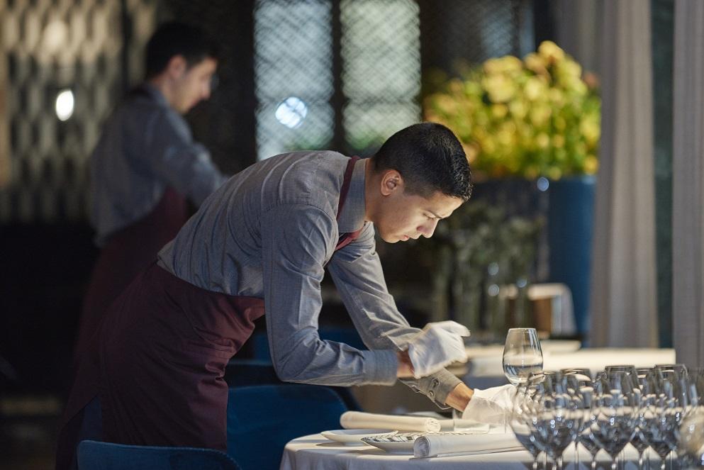 Luis nel ruolo di Chef de Rang
