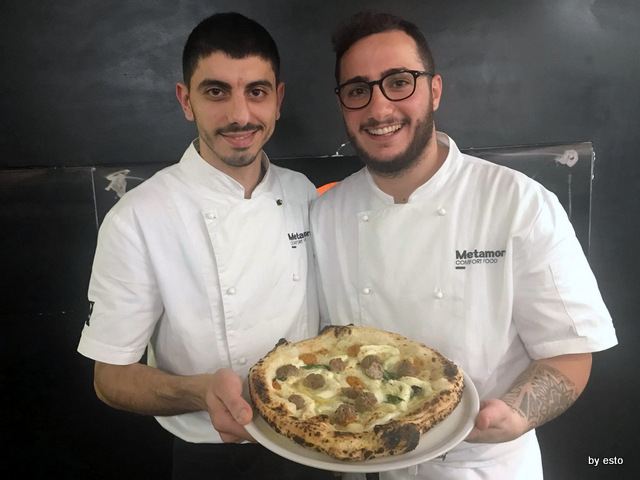 Metamorsi Carmine Nunziata e Gianni Ostetrico pizza ragu bianco