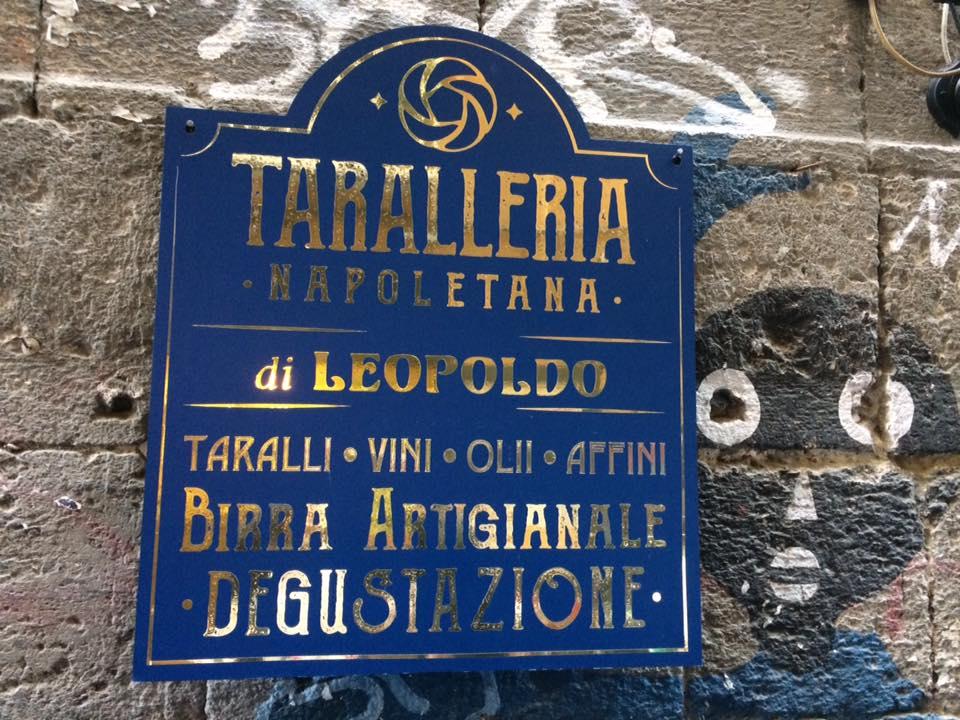 Taralleria Napoletana, l'insegna