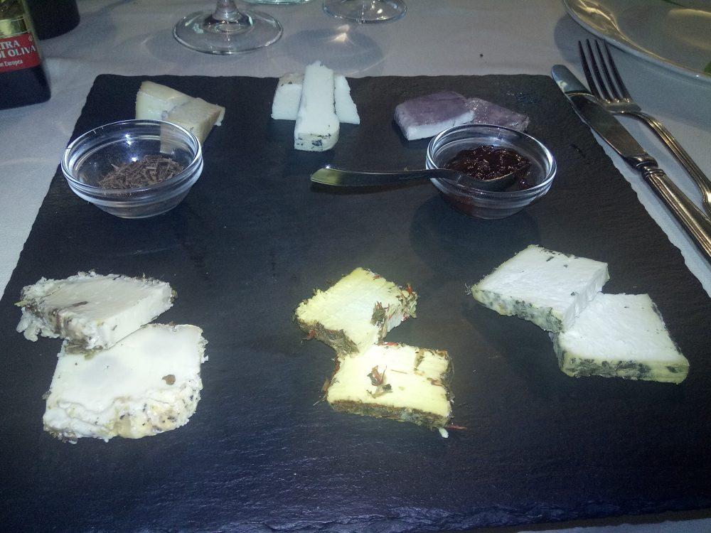 Trattoria Bjrot - Selezione di formaggi stagionati
