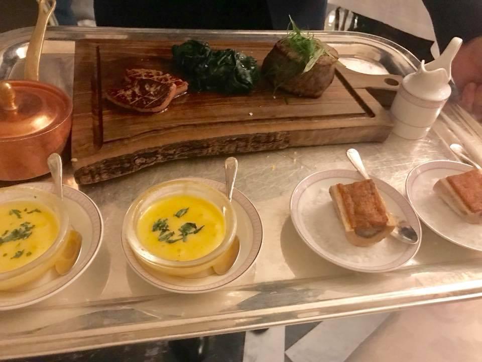 Four season, chateaubriand con salsa bernese, midollo di foie gras