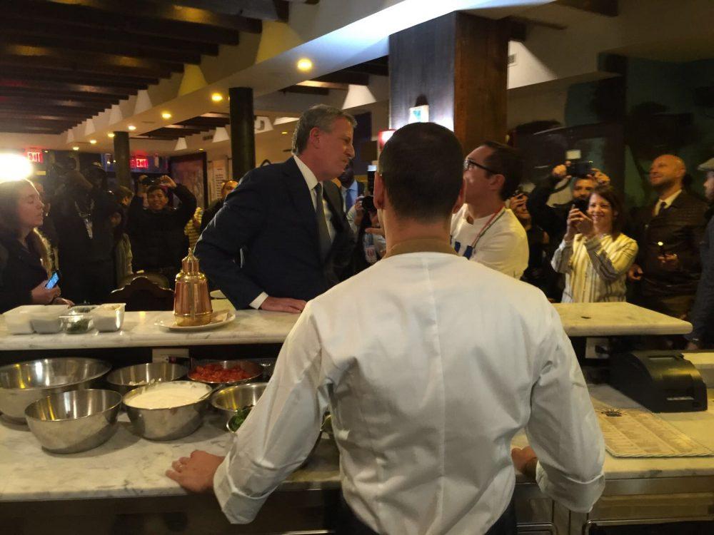 Bill De Blasio inaugura Gino Sorbillo NYC