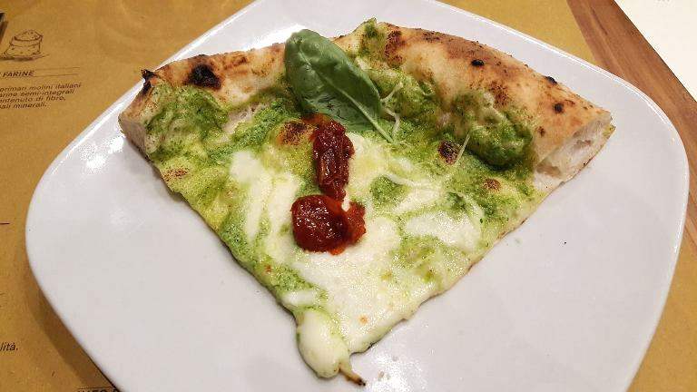Madia, Pesto, ricotta e pomdorini semisecchi