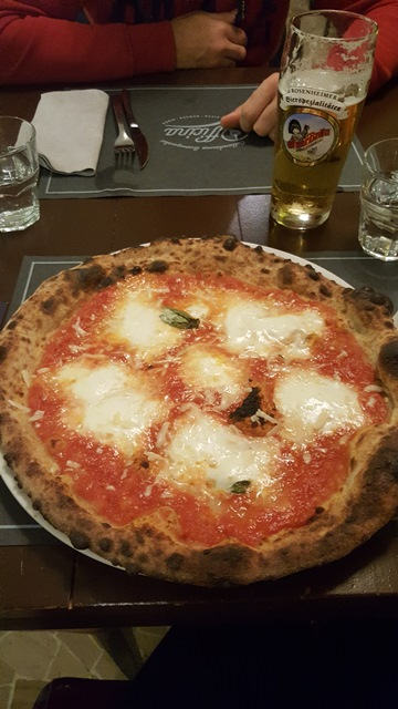 Officina Pizza e Burger - Pizza Officina