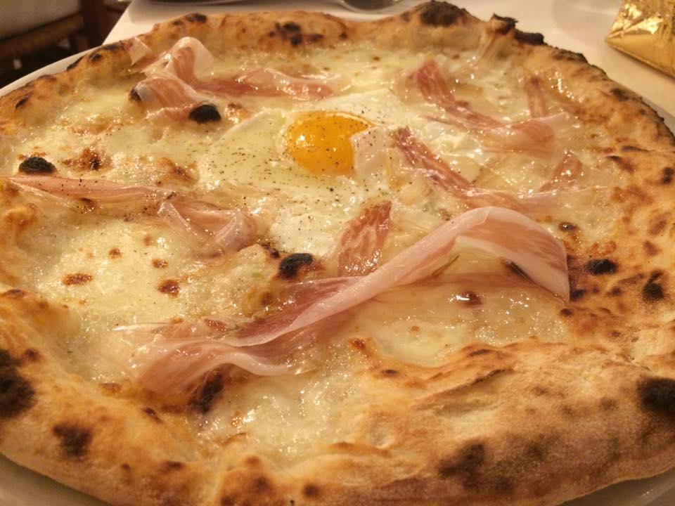 Pizzeria Grigoris, la carbonara