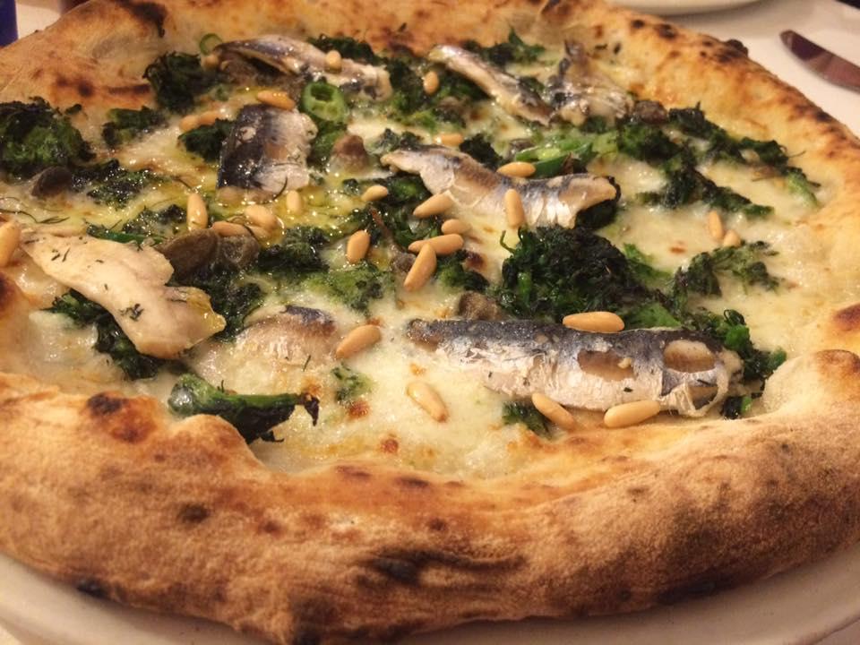 Pizzeria Grigoris, mugnuli e sarde