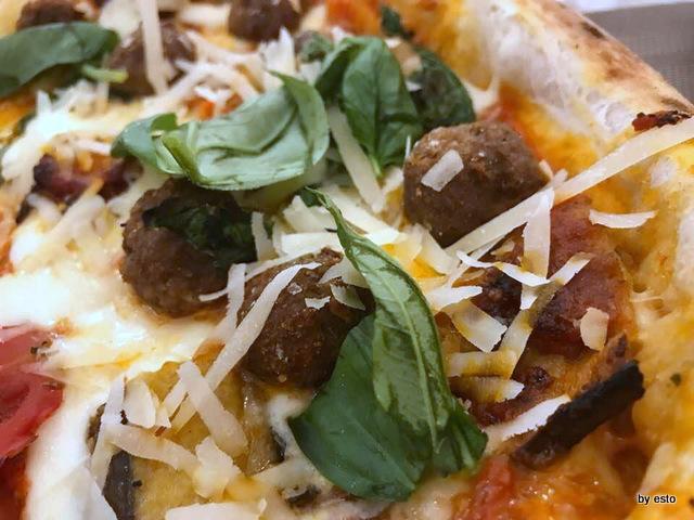 Pizzeria Oro Bianco Antonio Maraucci pizza Domenica