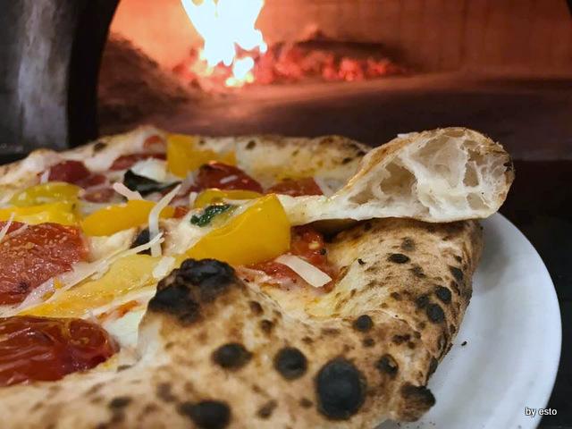 Pizzeria Oro Bianco Antonio Maraucci pizza struttura