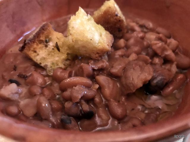 Trattoria Masella zuppa di fagioli cerati e castagne