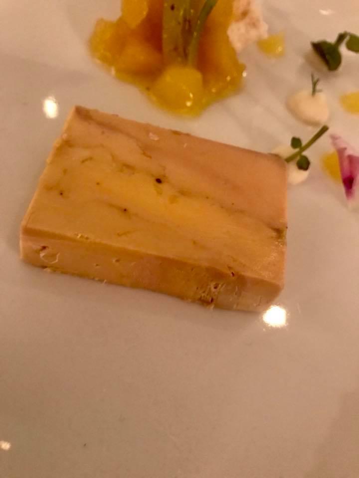 Torre del Saracino, Gennaro Esposito. Terrina di foie gras con composta di ananas