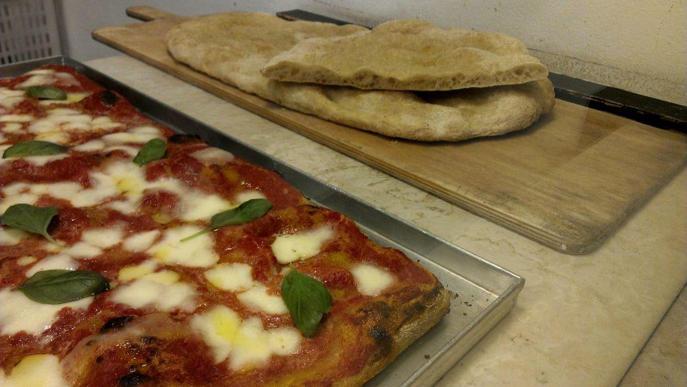 Forno del Mastro a Monza Brianza – pizza margherita in teglia e focaccia romana