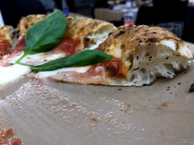 Agorini Pizzeria Gourmet Salvatore Impero pizza struttura