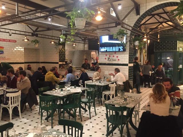 Capuano's - La sala