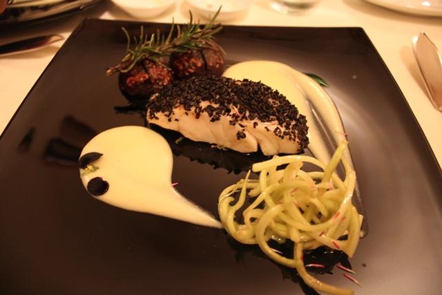 Doppio - Ombrina in crosta di olive nere