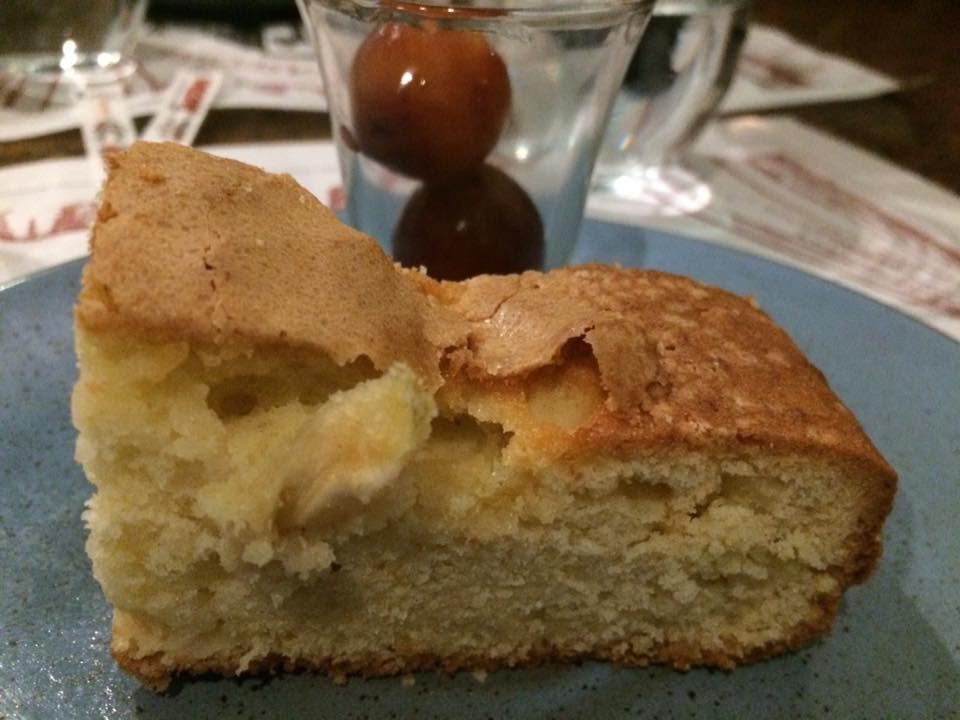 Grotto Pizzeria Castello, torta di mele