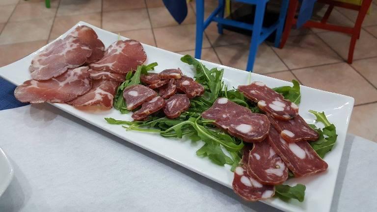 L'Oro di Napoli, soppressata di Giffoni, capicollo e salsiccia