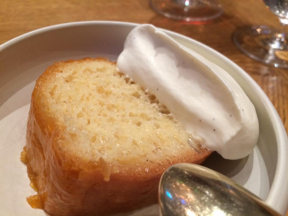 Plaza Athenee, baba con crema alla vaniglia