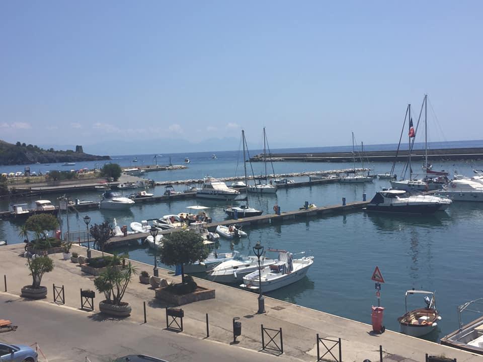 La taverna del mozzo, il porto di Marina di Camerota