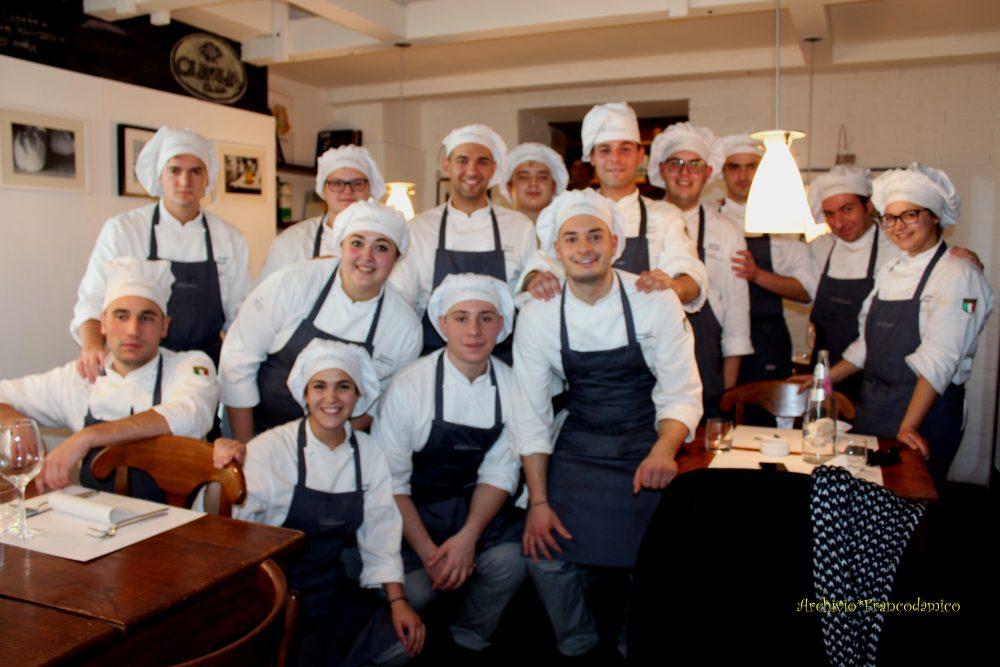 Spazio Zero Rivisondoli AQ - Allievi del X Corso di Cucina Italiana Professionale