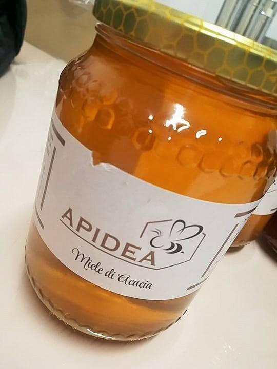 Apidea, Il miele di acacia