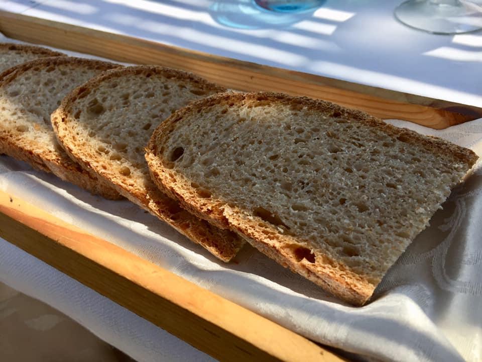 La taverna del mozzo, il pane cilentano