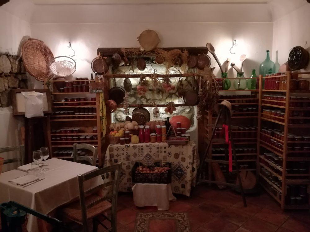 Agriturismo Antico Pozzo degli Ulivi - La Dispensa