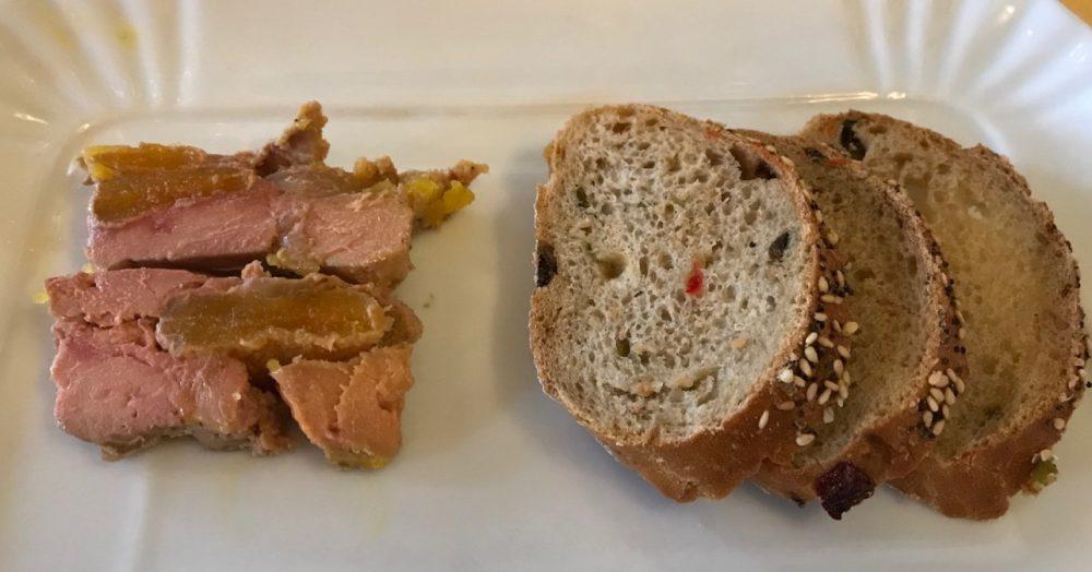 Buona Condotta, torcione di foie gras con albicocche al passito