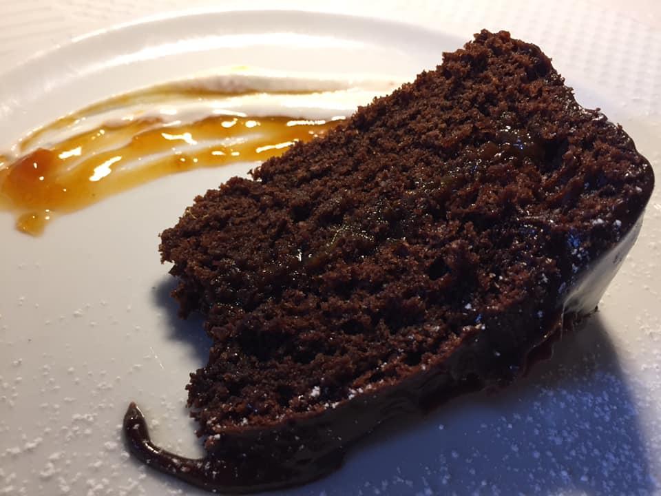 La Pergola a Paestum,torta doppio cioccolato e albicocche