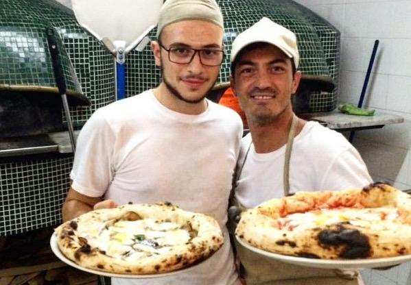 Maestro pizzaiolo Ivan Ferraro e il suo braccio destro