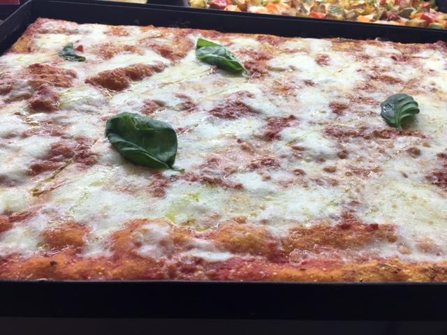 Pizzeria Arte Bianca - Pizza Margherita