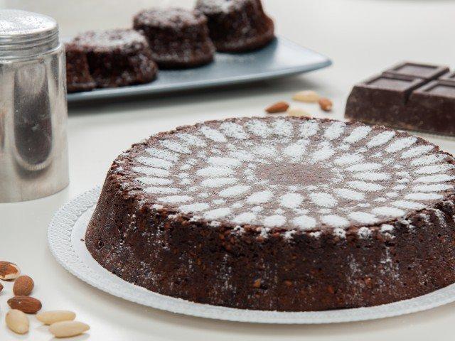 Torta caprese al cioccolato fondente di Ciro Salatiello