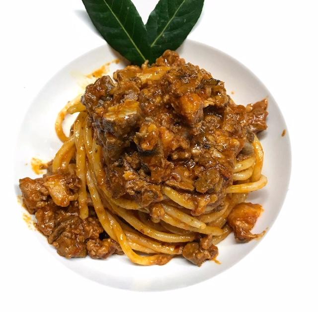 Osteria Excelente - Spaghettone con soffritto