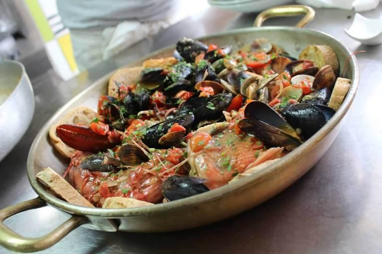 Bacco, la zuppa di pesce di donna Erminia - foto di Hostaria di Bacco