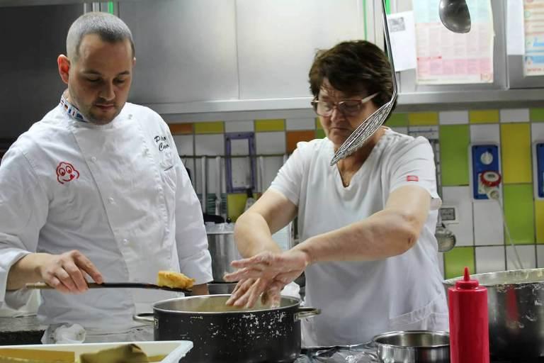 Bacco, Erminia e Pietro Cuomo in cucina - foto di Hostaria di Bacco
