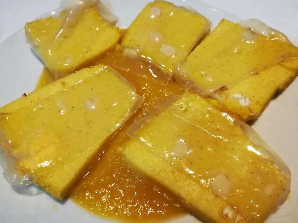 Agriturismo le Fontanelle - Il Crostino di Polenta con fagioli al Lardo di Maiale Nero Casertano su crema di Zucca