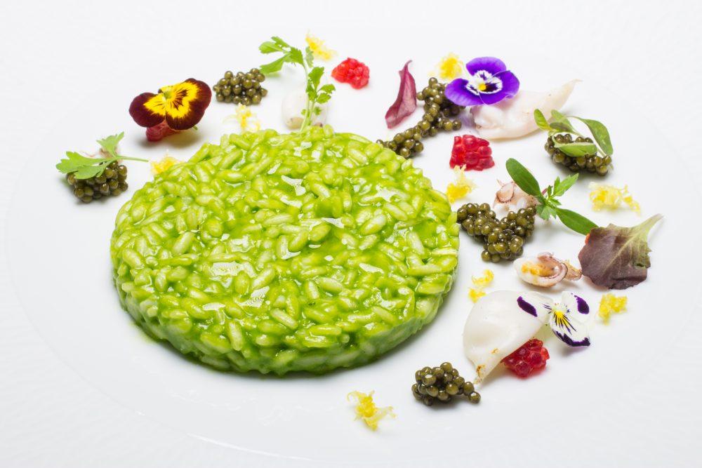 Enoteca Pinchiorri, Risotto al basilico e limone, calamaretti appena scottati e caviale - Foto Credit Studio Quagli