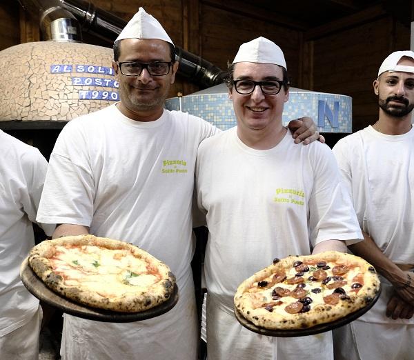 I Pizzaioli della pizzeria il solito posto Ciro Vitiello e Antonio Barca