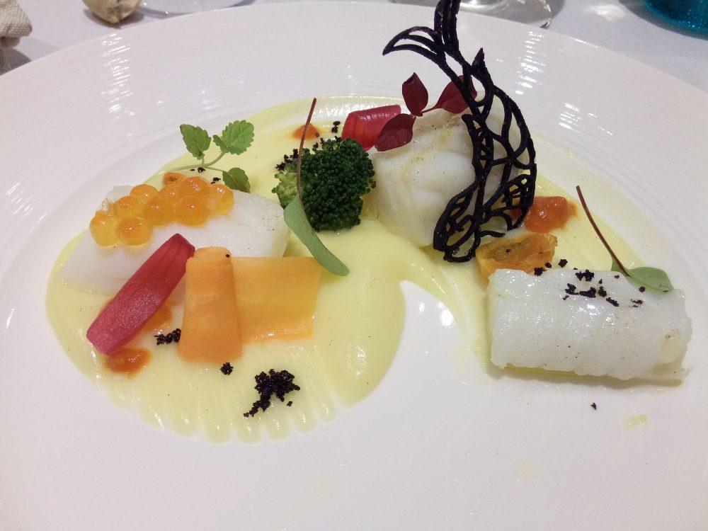 Ristorante Rumi, Baccala' cotto a bassa temperatura su crema di patate e cenere di olive nere