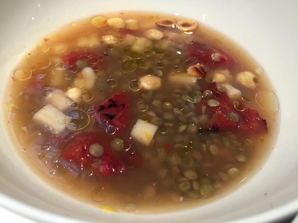 Spazio Roma, lenticchie, cazzarielli e nocciole