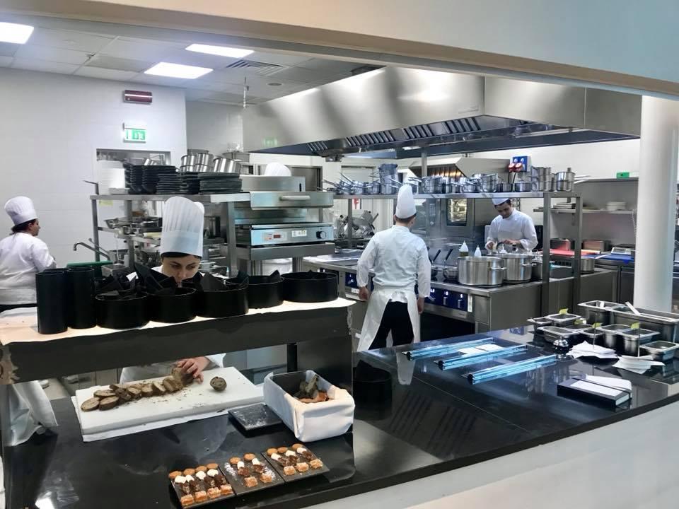 Attimi di Heinz Beck a Fiumicino, la cucina