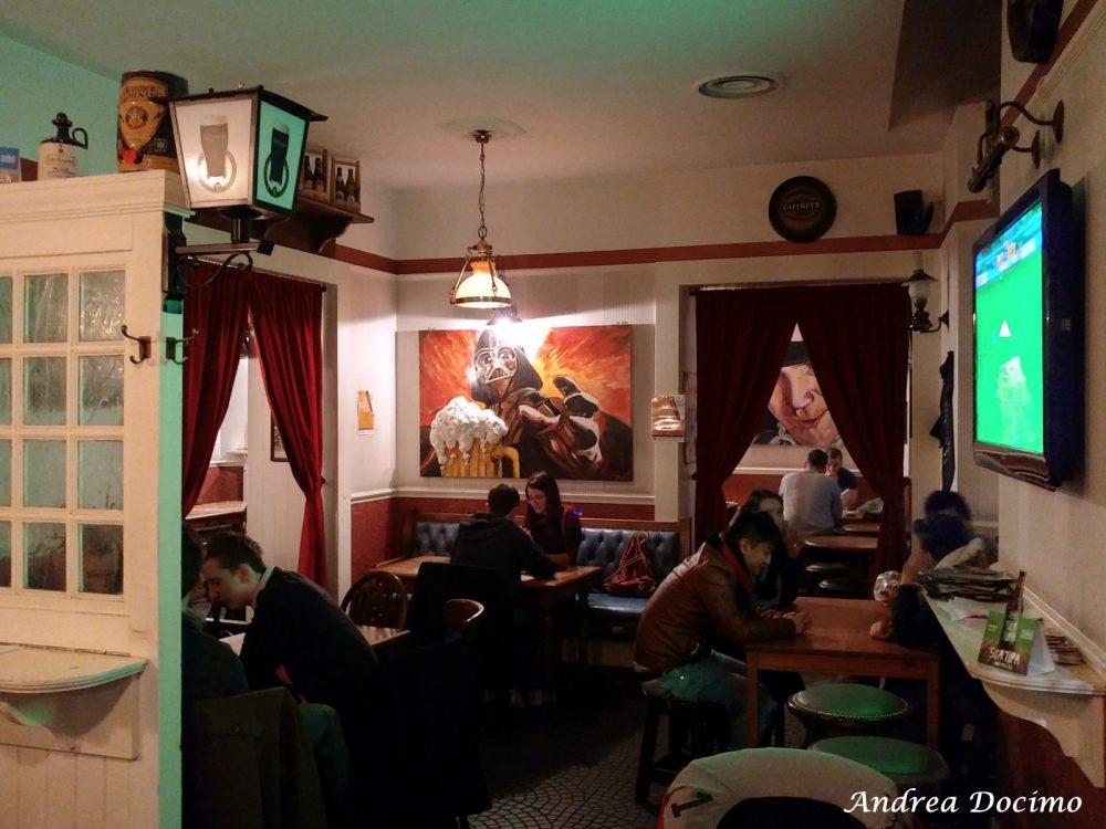 Campania OnTap da Scott Duff a Milano. Gli interni del pub