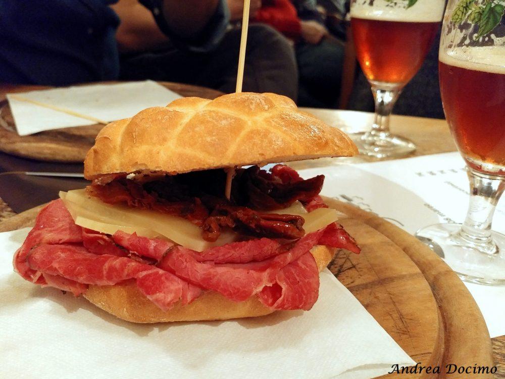 Campania OnTap da Scott Duff a Milano. Il panino con il pastrami