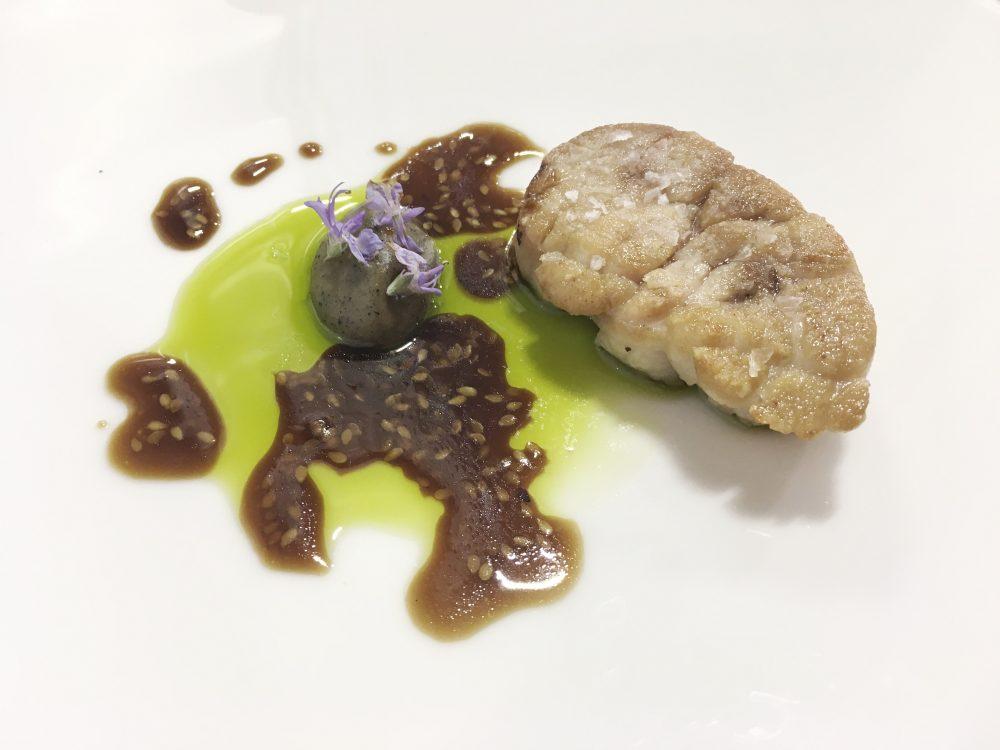 Cristian Torsiello - animella olio all'alloro aglio bruciato e vinegrette al sesamo