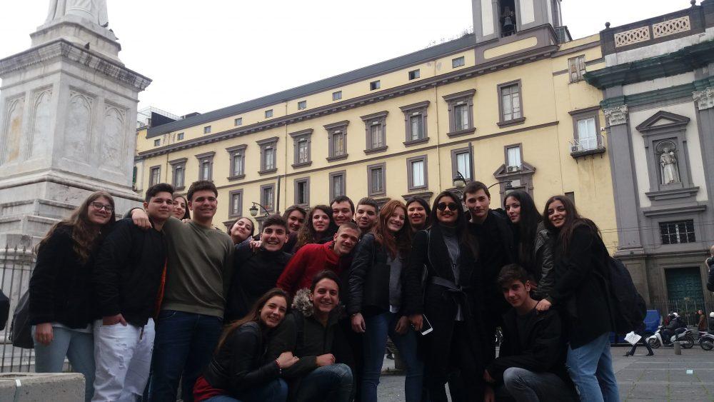 La III B del Liceo Scientifico Ettore Majorana di Pozzuoli