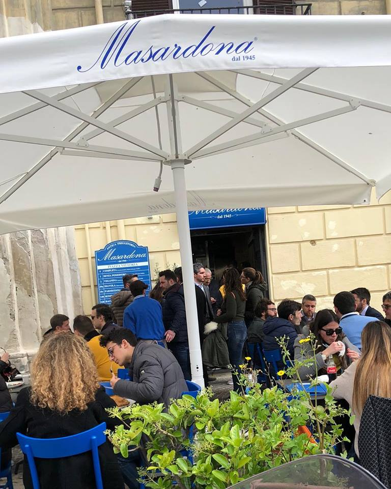 Masardona a Piazza Vittoria