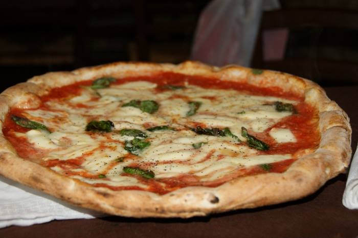 Pizza del pizzaiuolo di Maria Cacialli
