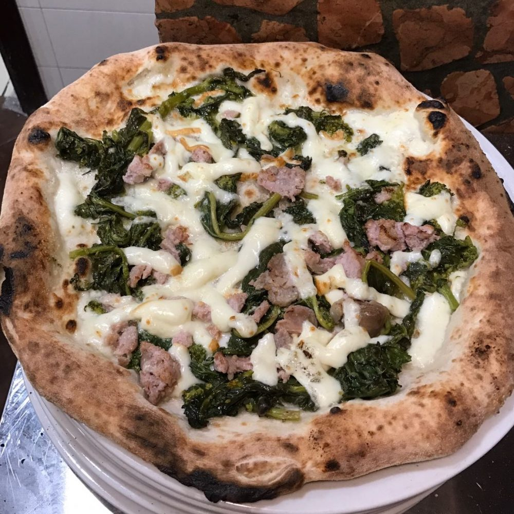 Pizza salsiccia e friarielli - Attanasio