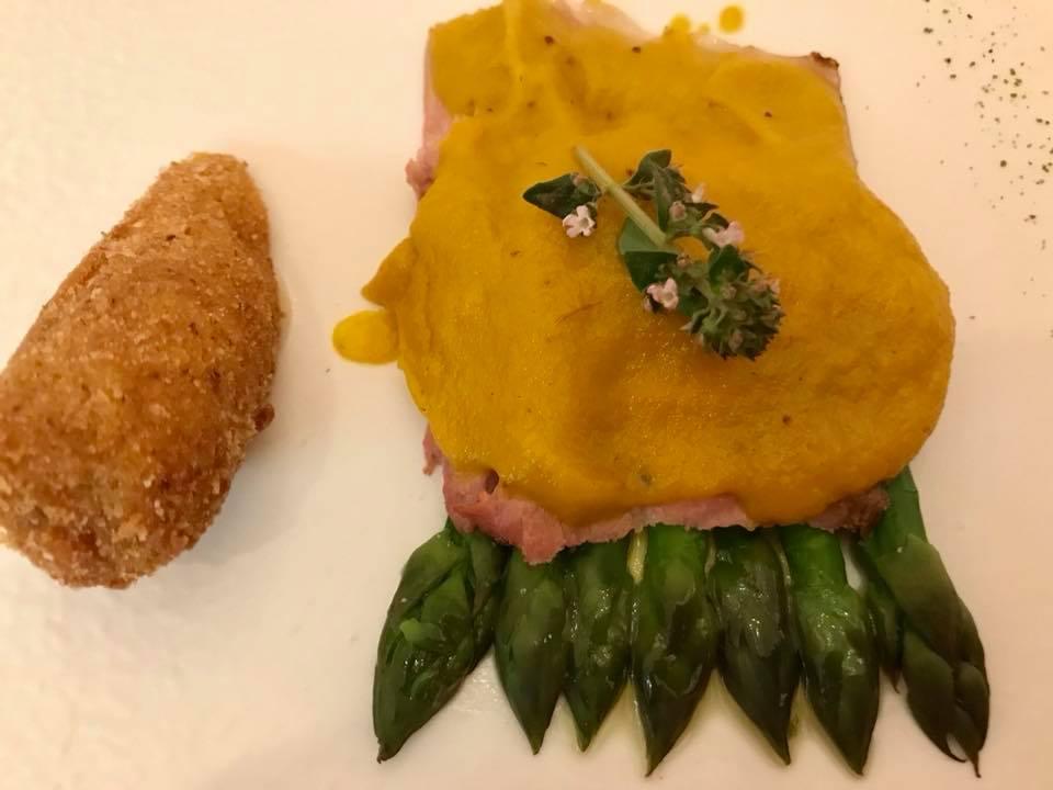 Don Alfonso. Cinghiale con salsa di genovese e asparagi