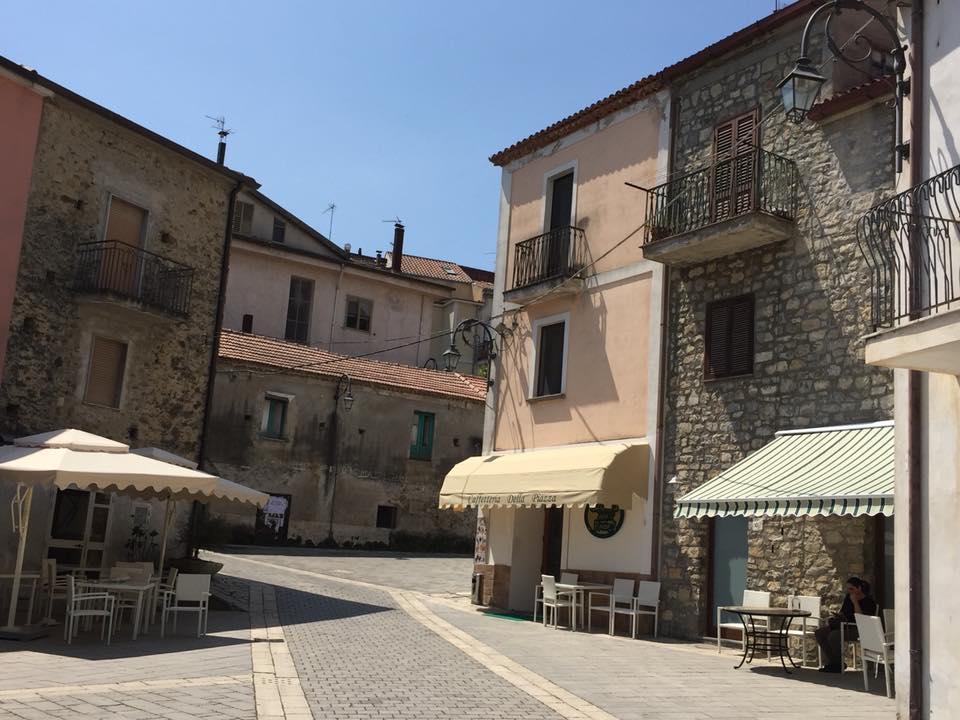 Sicili', la piazza del centro storico