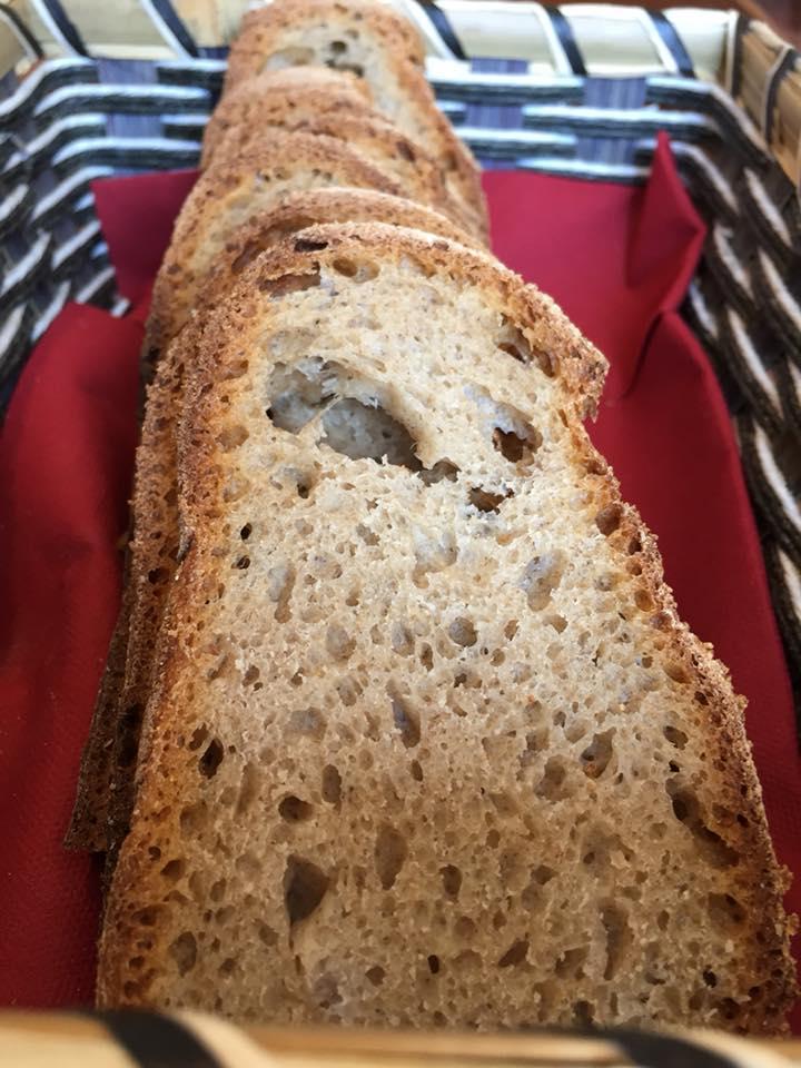 Ustaria Rosella, il pane